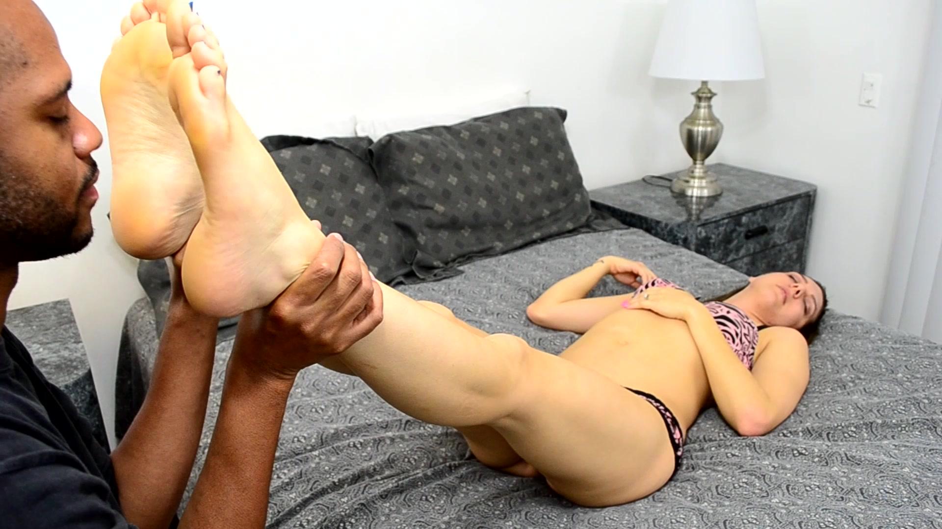 Dakota Skye Lesbian Feet